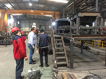 germany client visit tianli for eddy current separator 4.jpg